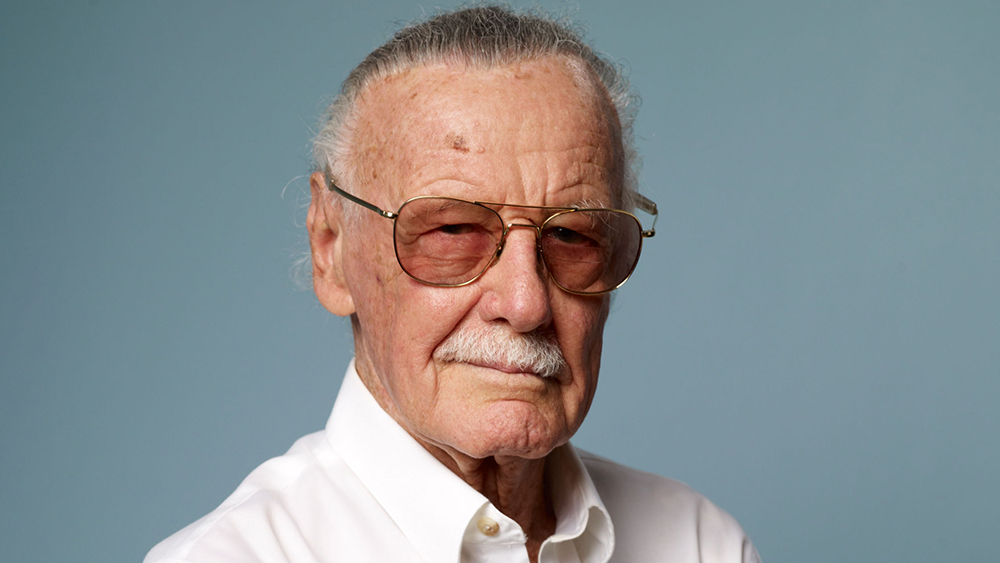 Stan Lee llevado de emergencias al hospital